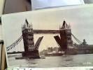 ENGLAND LONDON TOWER BRIDGE  NAVE SHIP  CARGO    V1949 FB6519 - Tower Of London