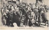 Beyrouth Beirut Lebanon, Les Portefaix Porters Busy Street Scene, c1910s Vintage Postcard