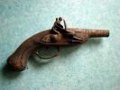 Vieux Pistolet à Silex - Pour Pièces Ou à Restaurer - Tout Rouillé - Réplique ??? - Armes Neutralisées