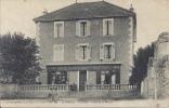 38 - SAINT-ISMIER - Isère - Un Coin - Place De La Mairie - Café-Restaurant Geoffray - Epicerie-Tabac - Otros Municipios