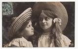 ENFANTS - Portraits De Deux Fillettes Chapeautées, Carte Photo - Abbildungen