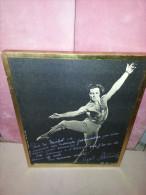 Grande Photo Du Danseur étoile Cyril Atanassoff , Dédicace  , Cliché D'une Danse , LA DAMNATION DE FAUST - Gehandtekende Foto's