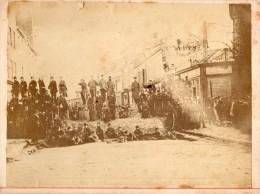 PHOTO ANCIENNE DE LA RUE DES AMANDIERS, PARIS 20�, 18 MARS 1871 - BARRICADE
