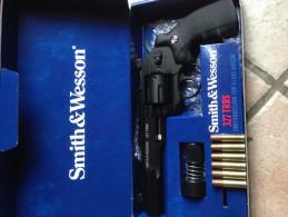 Revolver smith & wesson CO2 bbs