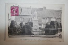 91 : Angerville - Le Monument Aux Morts - Angerville