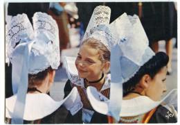 Jeunes Filles En Costume Breton - écrite Et Timbrée - 2 Scans - France