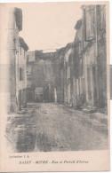 CP Saint-Mitre Rue Et Portal D'Istres - France