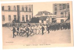 CP BREST  (29 FINISTERE) 2e Dépôt Retour De Marche Militaire Animé - Brest