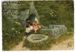 La Bretagne - Costumes De Fouesnant Et Bénodet (Finistère) - écrite Et Timbrée - 2 Scans - Bénodet