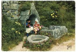 La Bretagne - Costumes De Fouesnant Et Bénodet (Finistère) - écrite Et Timbrée - 2 Scans - Fouesnant