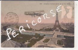 75  Paris  Aéroplane Evoluant Autour De La Tour Eiffel - Tour Eiffel