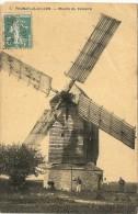 MOULIN DU CALVAIRE . PRUNAY LE GILLON - Moulins à Vent