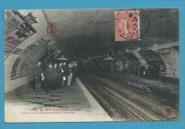 CPA 1122 - TOUT PARIS Métro Métropolitain Station Père Lachaise Editeur FLEURY - Stations, Underground