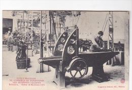 25144 ARDENNES Charleville France- Ecole Pratique Commerce Industrie - Raboteuse Atelier Machines Outils -