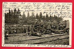 Prisonniers Français Attendant Le Train Pour L'Allemagne.  Elfringen (Avricourt). 1916 - Guerre 1914-18