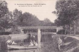 SAINT - GREGOIRE - Environs De Rennes - Le Canal Et Le Pont Du Chemin De Fer - Personnages Dans La Barque Et Pêcheur. - Other Municipalities