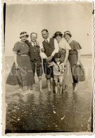 Photo Ancien / Gezin / Famille / Family / Children / Enfants / Woman / Beach / Seaside / Strand / Plage - Personas Anónimos