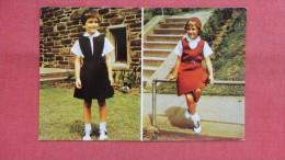Young Girls   Girl Scout   Ref --2059 - Werbepostkarten