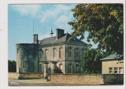 CPM - COUHE VERAC - Entrée Du Pensionnat Saint Martin - France