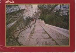 """Paris : Montmartre """"la Butte"""" Et Ses Célèbres Escaliers (photo P. Varennes) éd Bernard - Sacré Coeur"""