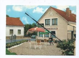 CPM -   Hangest Sur Somme   - Rue Du Pont De Grez   -   Huiles  LABO - Autres Communes