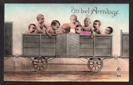 CPA. Un Bel Arrivage . Bébés Dans Un Wagon . - Bébés