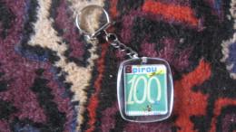 Rare Porte-clés Spirou 100 Franquin Peyo Roba Morris Hubinon Will Goscinny Jijé Charlier Paape Pc Clefs Clé Clef - Spirou Magazine