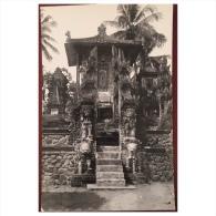 Temple  Merci De M'aider à L'identifier - Postcards