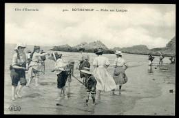 Cpa  Du 35 Rotheneuf -- Pêche Aux Lançons  --  No 902    PAR7 - Rotheneuf
