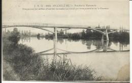 ANGOULEME , Poudrerie Nationale , Chaque Jour Des Milliers D'ouvriers Se Rendent Au Travail Par Cette Passerelle , 1916 - Angouleme