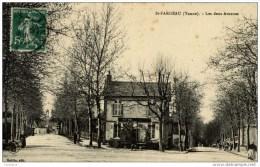 89-SAINT-FARGEAU-Les Deux Avenues-animée - Saint Fargeau