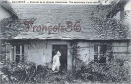 (38) Dauphiné - Couvent De La Grande Chartreuse - Vue Exterieure D'une Cellule - 2 SCANS - Autres Communes