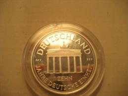 Medal 10 Jahre Deutsche Einheit Germany Capsule UNC - Alemania