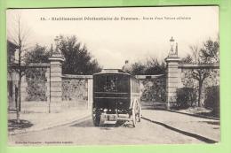 FRESNES - Etablissement Pénitentiaire Avec Entrée Voiture Cellulaire - Prison - 2 Scans - Fresnes