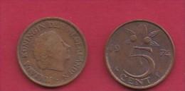 NEDERLAND, 1974, 2 Coins Of 5 Cent, Queen Juliana, Bronze, KM 181,  C3182 - [ 3] 1815-… : Kingdom Of The Netherlands