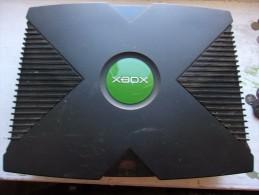 Console Xbox Première Génération  + 1 Manette + 10 Jeux Xbox + 4 Jeux Xbox 360 + 5 Je GAMECUBE + 4 Jeux PS2 + 1 Jeux PS1 - Consoles De Jeux
