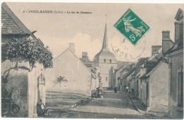 POULAINES - La Rue De Chambon - Francia