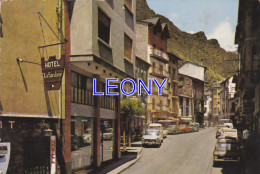 CPSM 10X15 Du VALLS D´ANDORRA - SANT JULIA De LORIA - Rue PRINCIPALE - 1973 - VOITURES - Hotel LA SARDANE... - Andorra