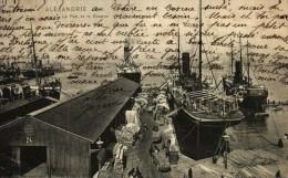 CPA   -  Egypte  -   ALEXANDRIE  -   Le Port Et La Douane - Alexandrie