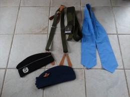 Lot Divers (calot-bretelle-ceinture-foulard) - Equipement