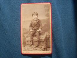 Photo CDV J. Moser à St Dizier - Joli Portrait D'un Jeune Garçon Cravache à La Main Circa 1885  L229 - Anciennes (Av. 1900)