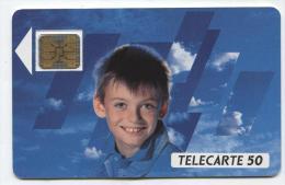 F101B Visage D´enfant 50u Puce SC5on (n° De Lot 14189) ETAT LUXE - 1989
