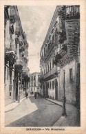 "04336 ""SIRACUSA - VIA MAESTRANZA"" ANIMATA. CART. ILLUSTR. ORIG. SPEDITA 1936. - Siracusa"