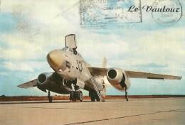 AVION AVIATION MILITAIRE LE VAUTOUR  LE S.O. 4050 VAUTOUR BIREACTEUR DE COMBAT  EDIT. LYNA ECRITE CIRCULEE 1985 AV 8 - 1946-....: Moderne
