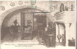 Vouvray - Etablissement VAVASSEUR & BERNARDET  Une Salle De Dégustation , Trés Bon état ( Voir Scan ) - Vouvray