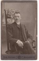 Photo Cartonnée Originale Homme - Photographe C.H.R. Hansen - Schleswig - Am Damm 101 - Neben Der Schleihalle - Personnes Identifiées