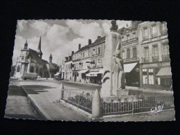 Cpsm Du  27 -- Saint André De L' Eure - Monument Aux Morts Et Place Aristide Briand    PAR10 - France
