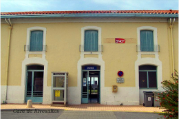 Gare De Rivesaltes , Pyrénées-Orientales - Une Photo Reproduit Carte Postale  10x15 Cm. - Stations - Zonder Treinen