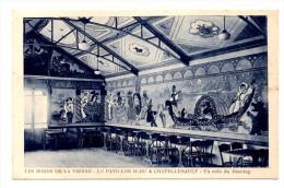 Les Bords De La Vienne Le Pavillon Bleu A Chatellerault Un Coin Du Dancing - Chatellerault