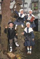 España--Navarra--1983--Lesaka--Estampa Vasca-Trajes Tradicionales--a, Saint Quentin, Francia - Vestuarios